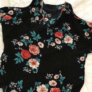 Tops - Cold shoulder, floral short sleeve blouse